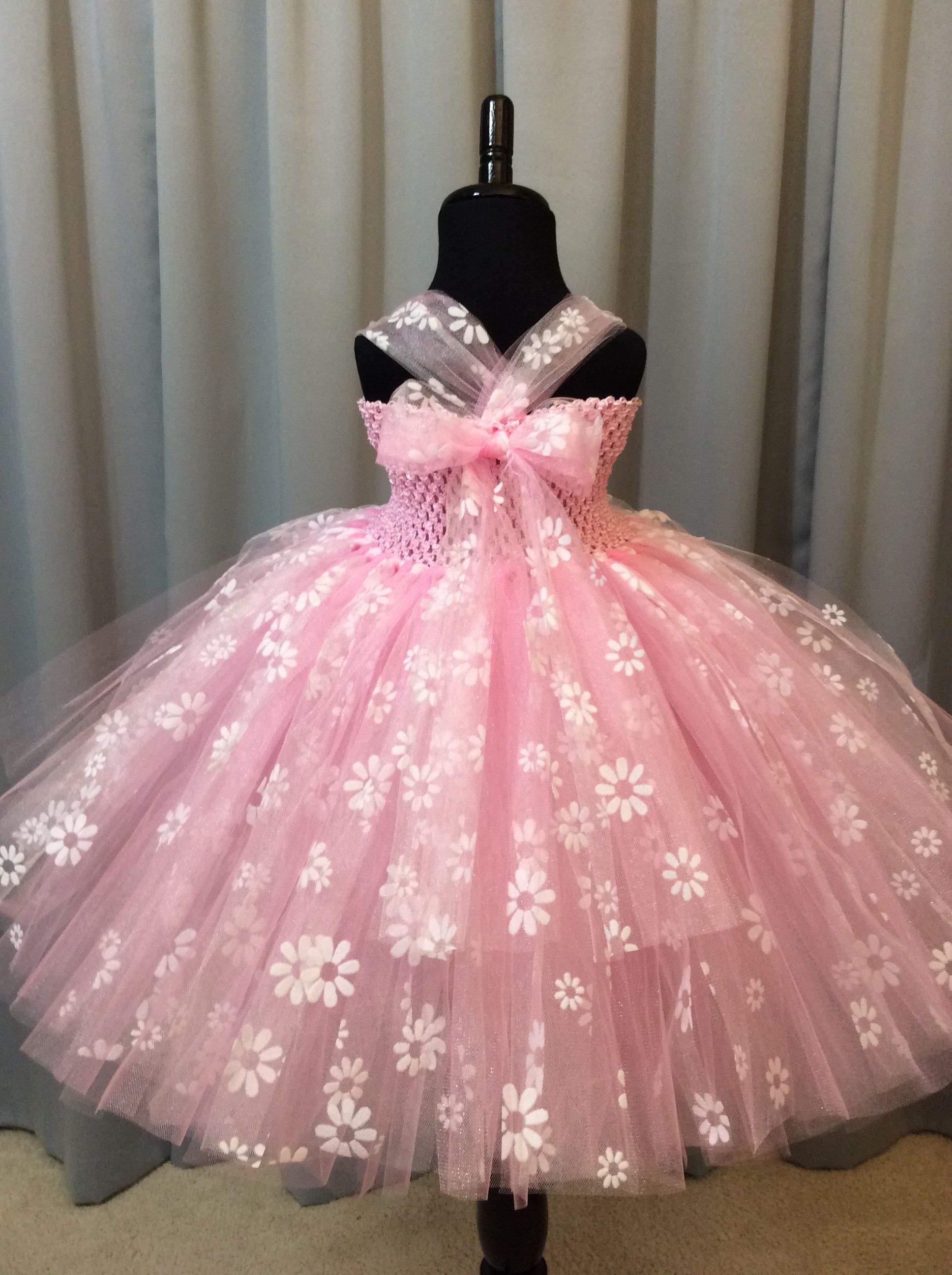 720f37167 Pink princess tutu dress with white flowers