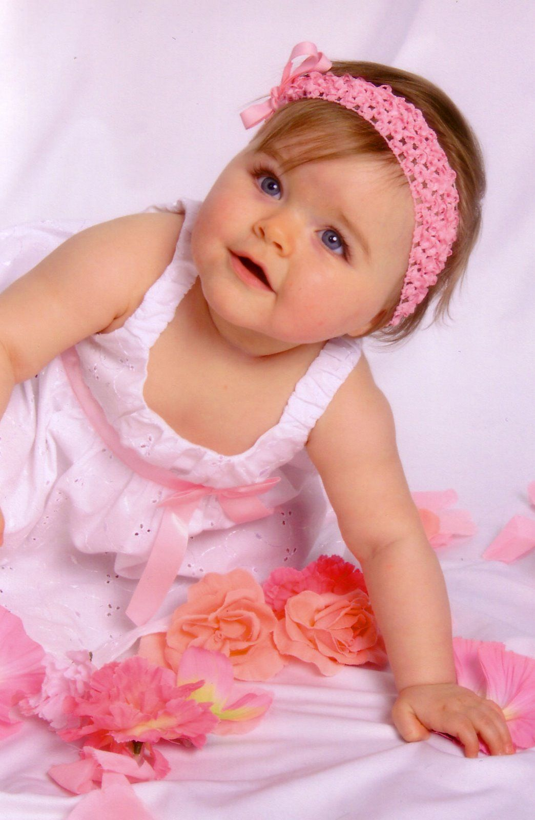 619484d58 cute baby girl with pink frock cute babies pictures - Apmay ...