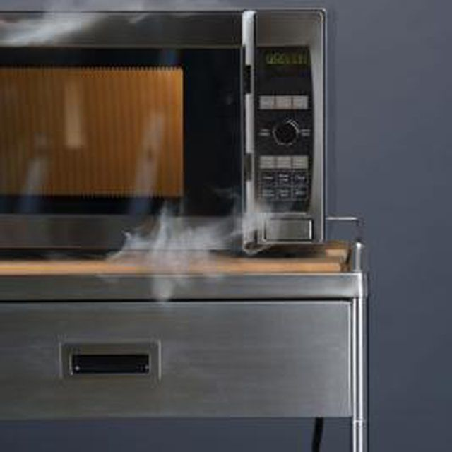 How To Get A Burnt Smell Out Of Microwave Ovens Smoke Smell