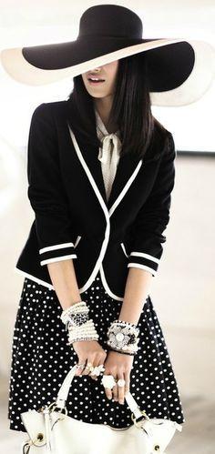 Black white clothes fashion 85