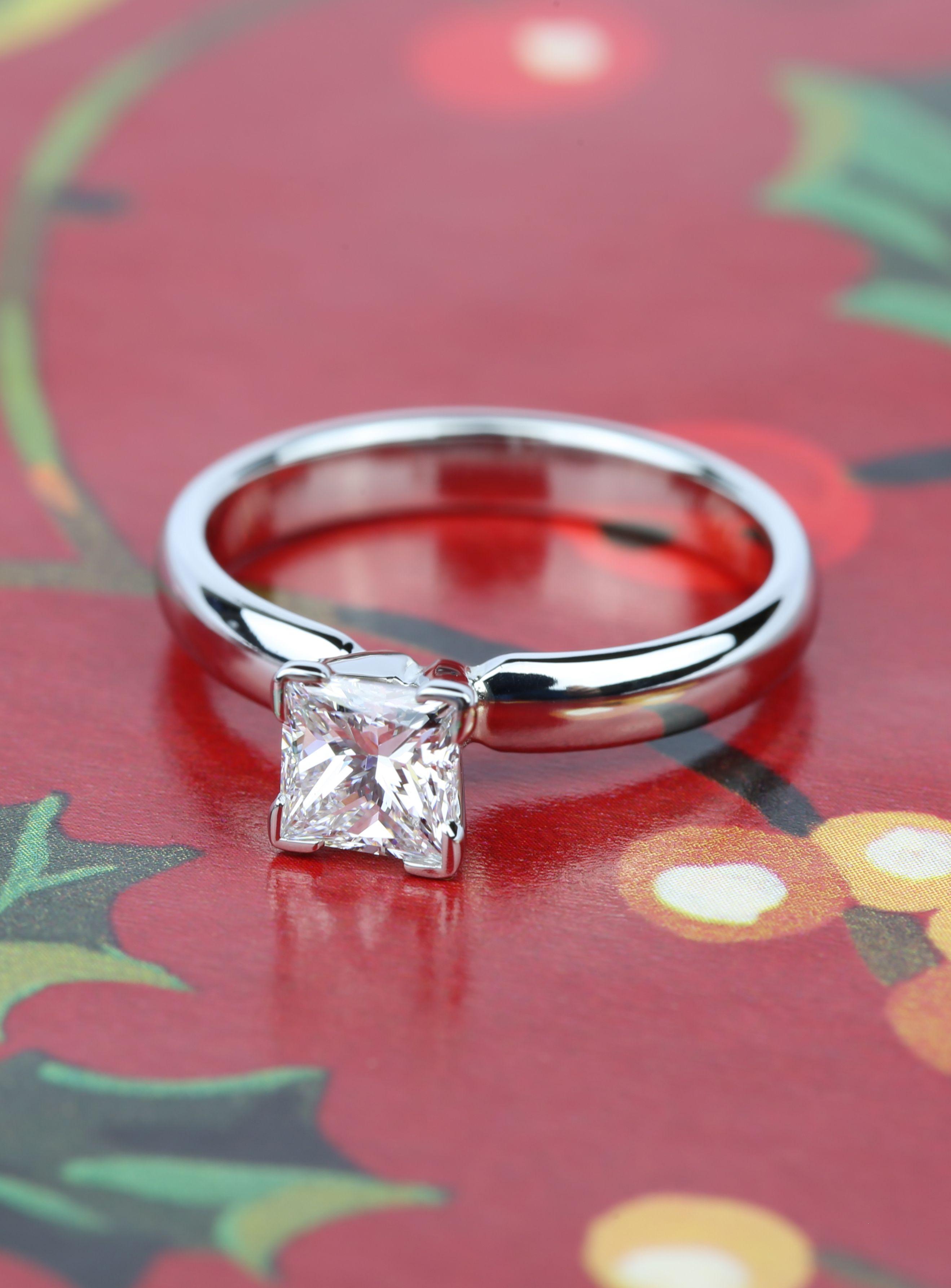 A gorgeous Comfort-Fit Princess Cut Diamond Engagement Ring ...