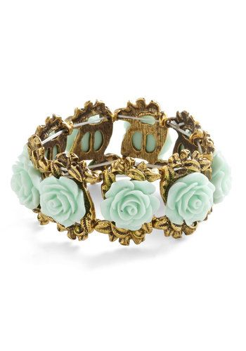 Retro Rosie Bracelet in Mint