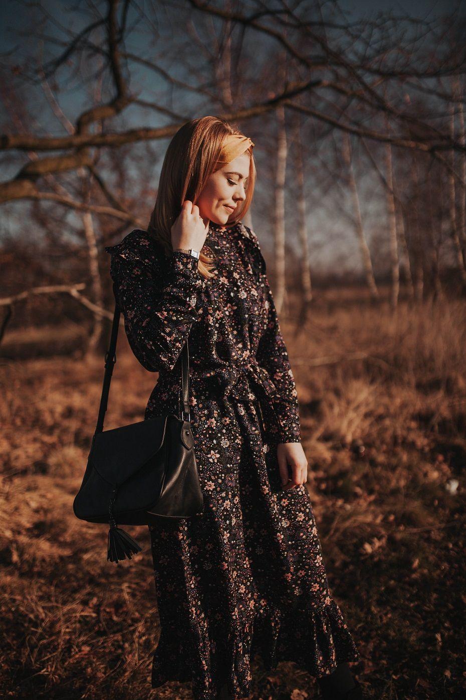 Sukienka W Kwiaty Wiosenna Stylizacja Carry Rozalia Fashion Victorian Dress Dresses