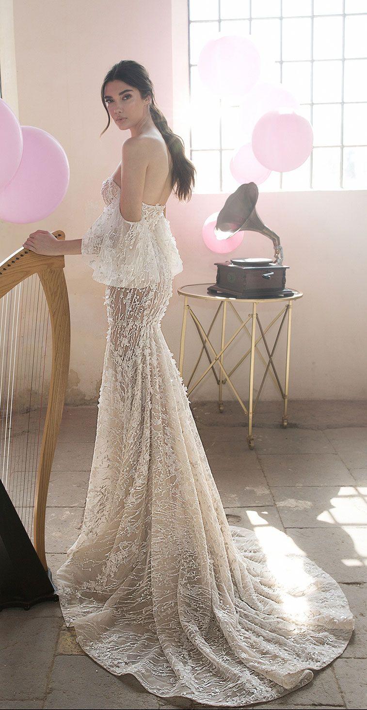 Sweetheart neckline trumpet wedding gown detachable sleeves lee