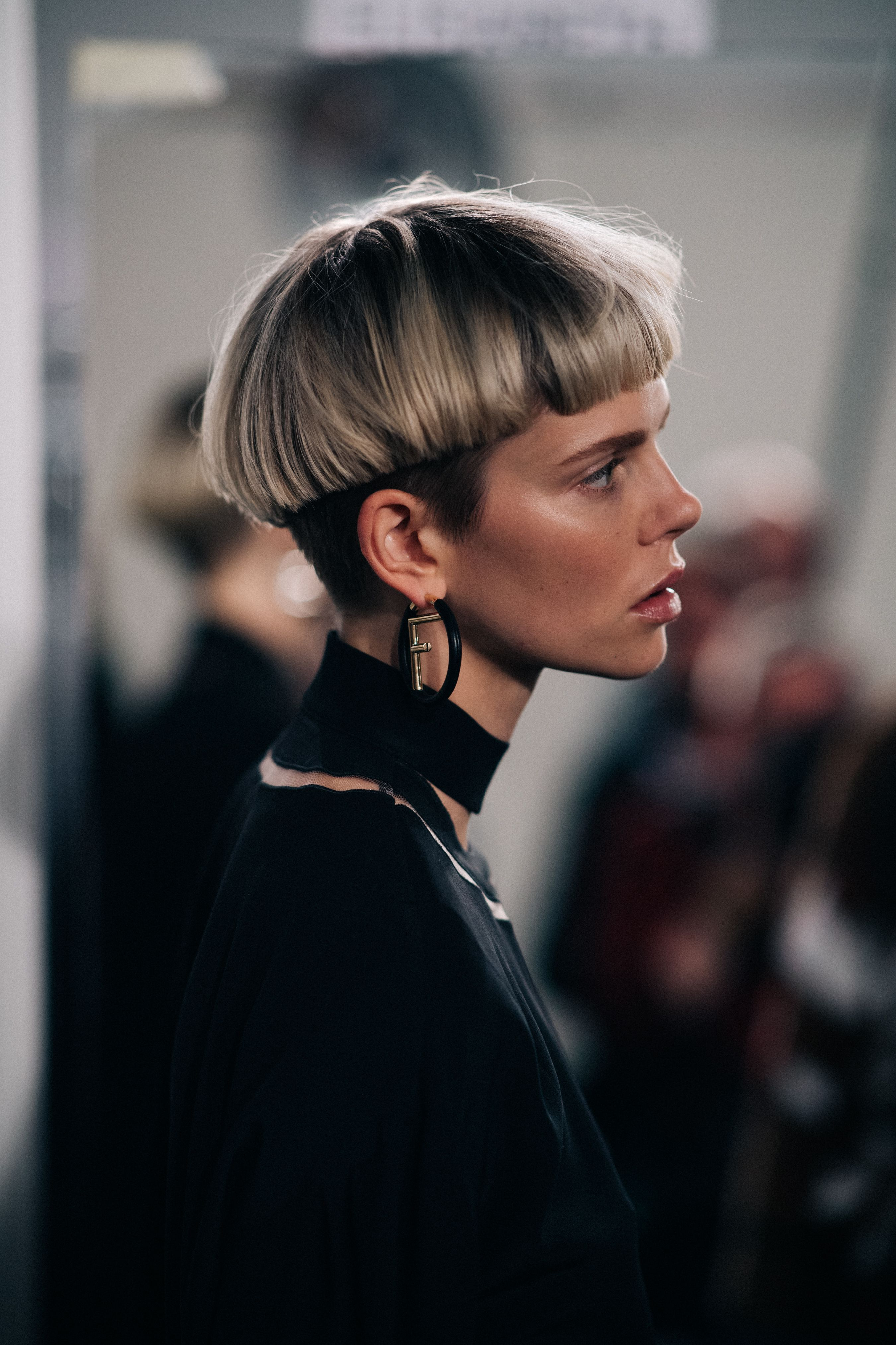 Model Nina Milner Wearing Black Cabelo Curto Cabelo Hair Hair