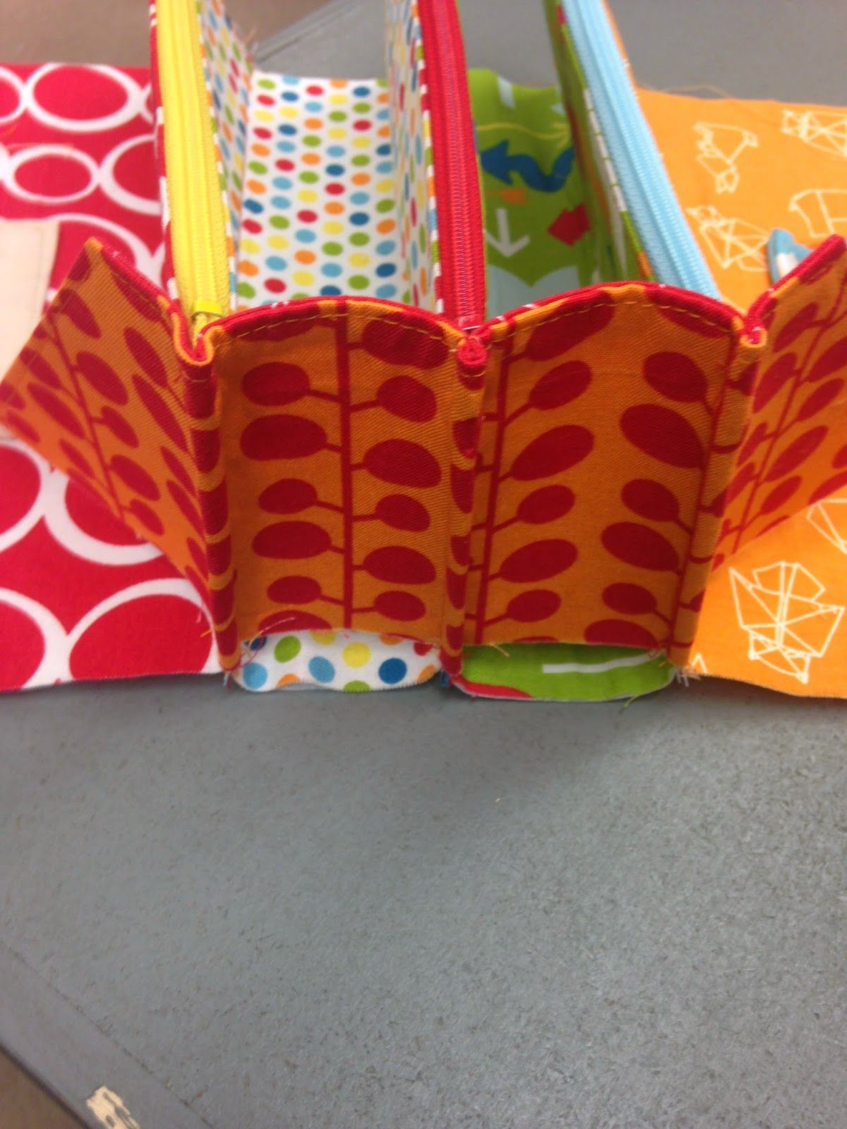 THE QUILT BARN: My Sew Along Bag DAY 4