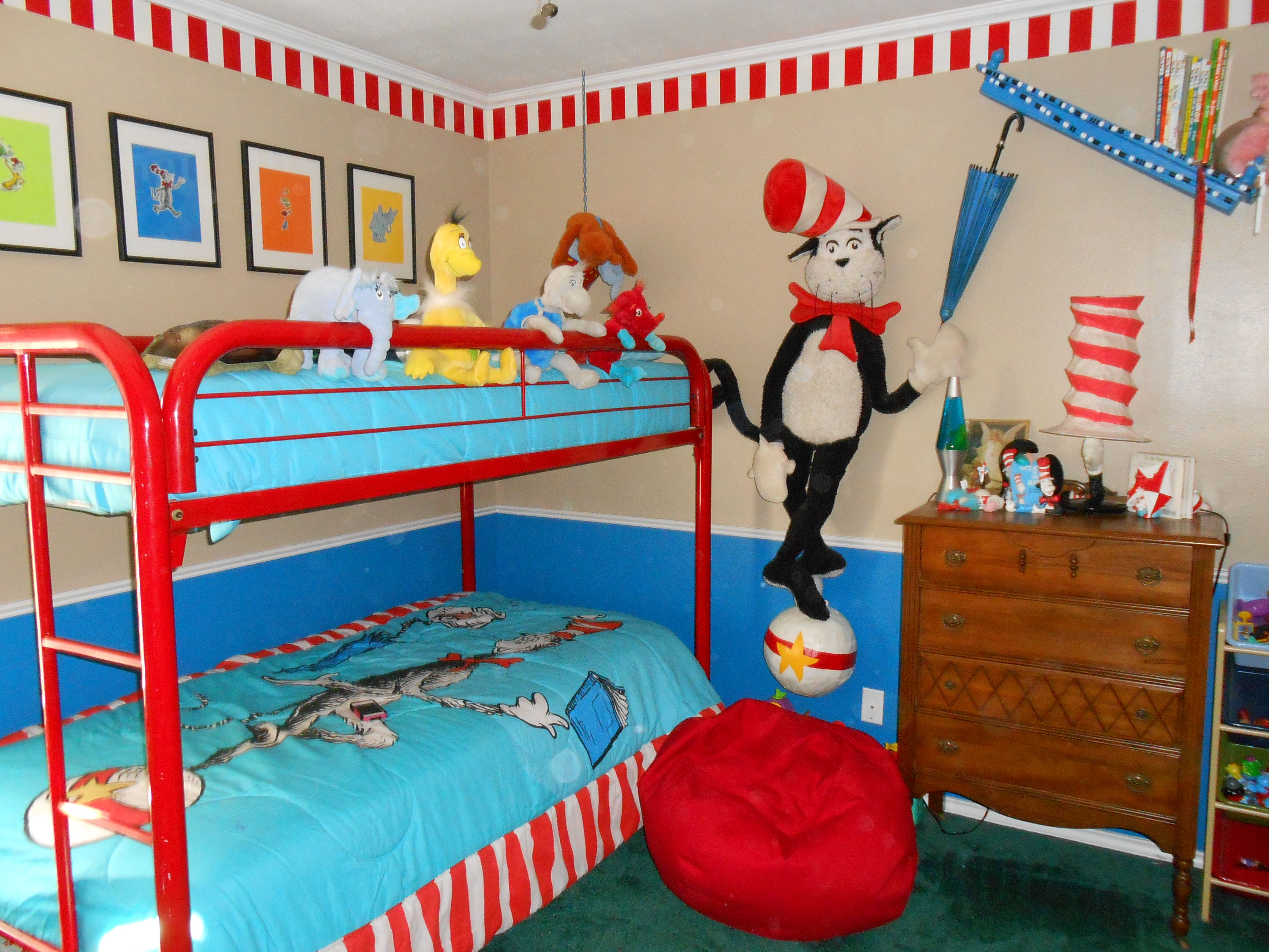 Little Boy S Dr Seuss Bedroom Baby Bedroom Bunk Beds