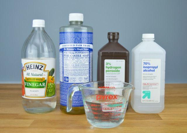 Homemade Daily Shower Cleaner Spray Removes Soap Scum Mom 4