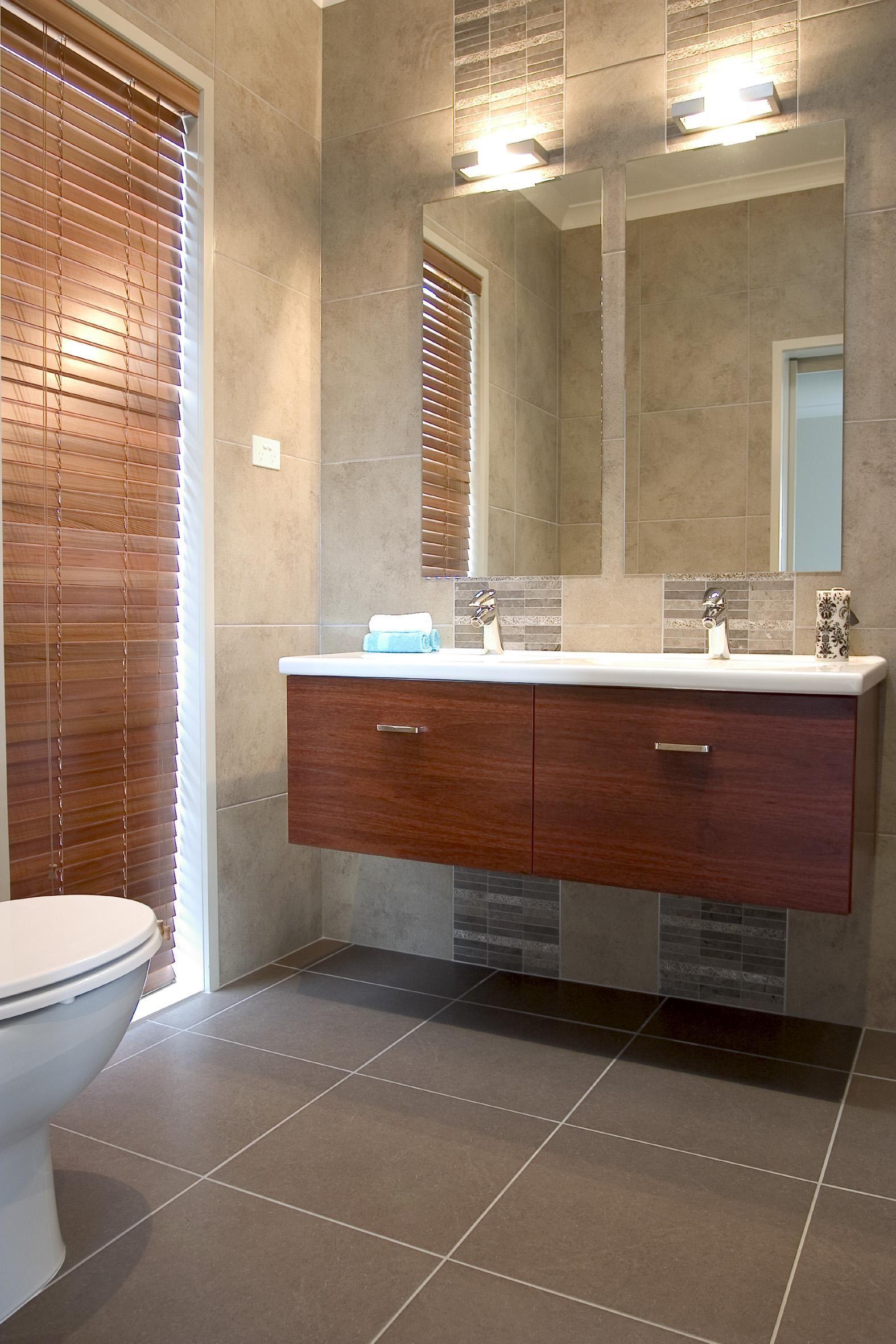 Clean Contemporary Bath
