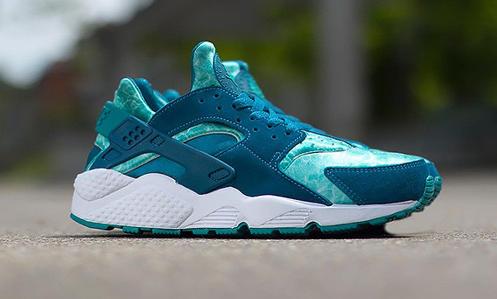 Nike Air Huarache 'Green Abyss'