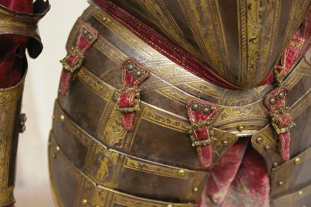Tasset straps & buckles Italy  1570