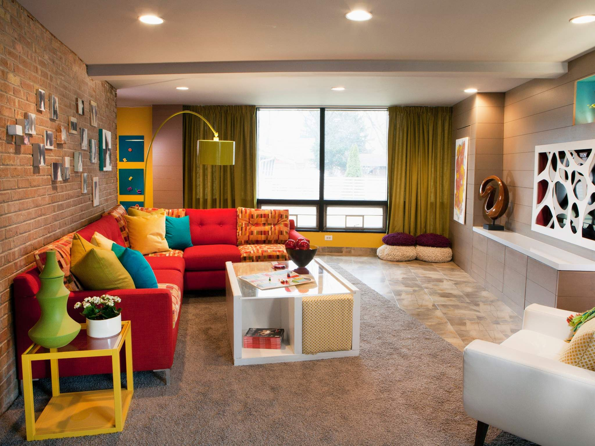 hgtv modern living room interior design photos kid friendly mid century meg s great rooms i love the color scheme in here