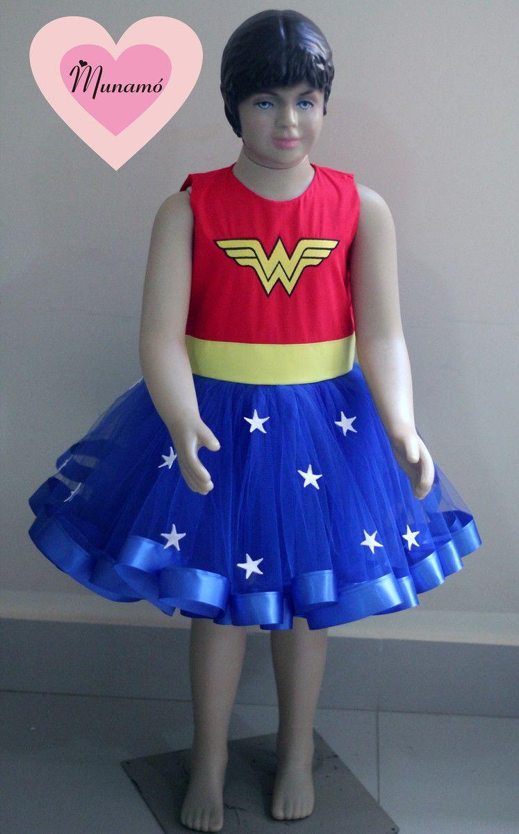 8212f0016 Fantasia mulher maravilha, composta por vestido + acessórios como mostrado  nas imagens!