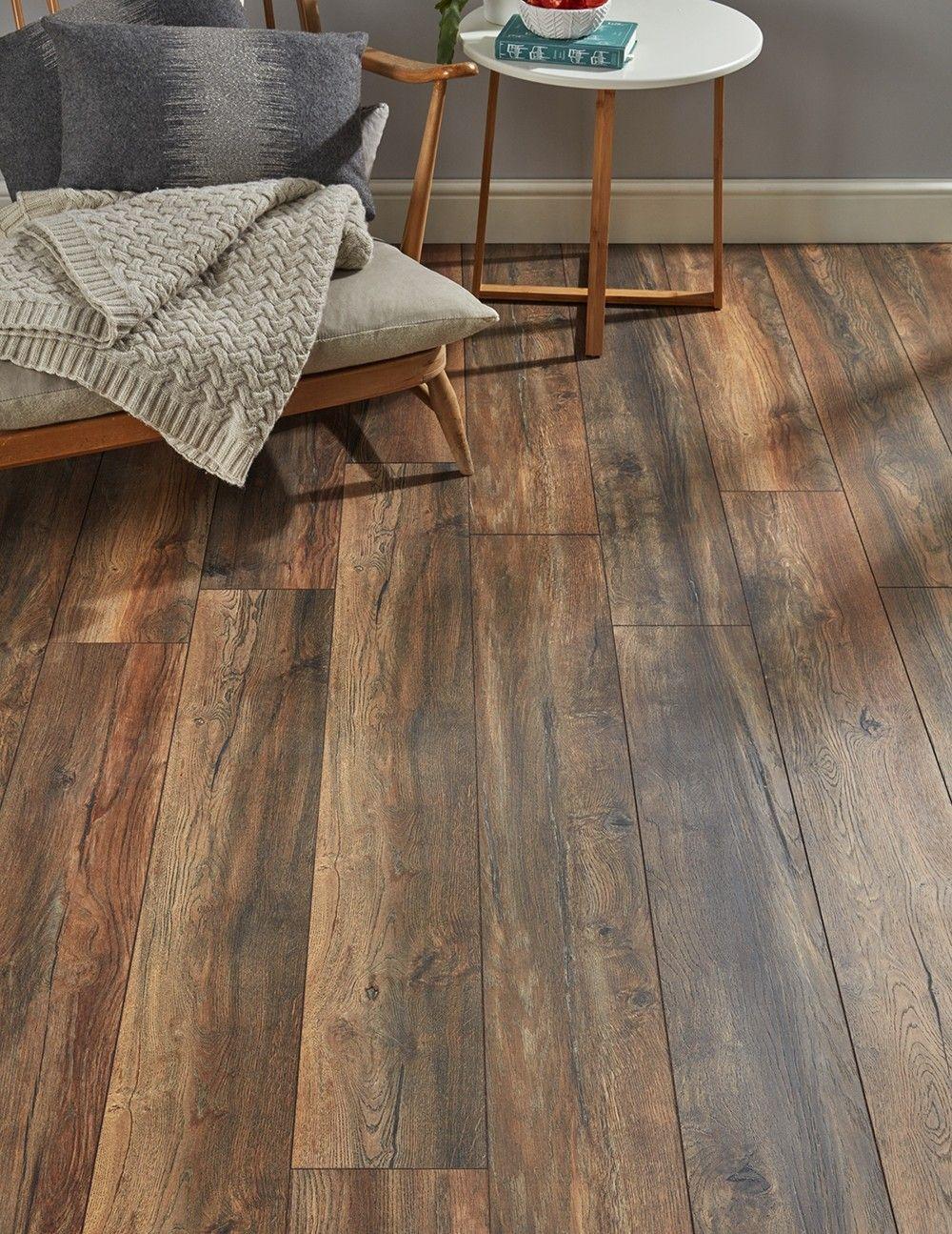Villa Harbour Oak Laminate Flooring Oak laminate