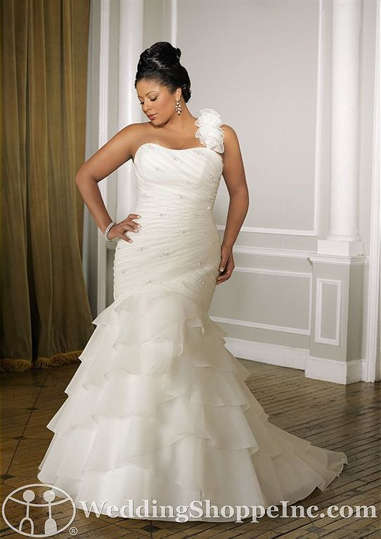 full figure wedding dresses wedding dresses for full figured women is mori