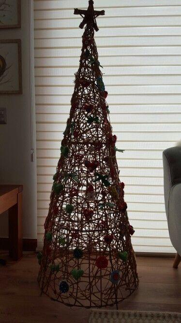 Pino De Mimbre Pinos De Navidad Navidad Mimbre