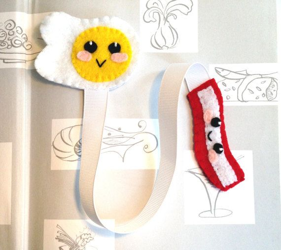 *Egg and Bacon Bookmark* This bookmark is the perfect gift for any book lover and to encourage your child to read! It makes reading more fun than ever and a great way to mark your pages! https://www.etsy.com/shop/FluffedNStuffed