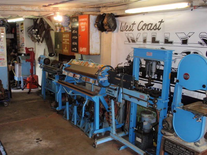 Kiwi Kev's backyard Hot Rod Shop. The Garage Journal