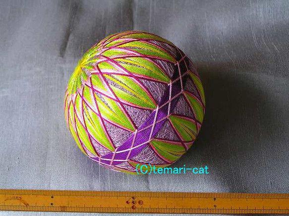 てまり「機巧少女EDの手毬4」紫地、黄緑花 手まり