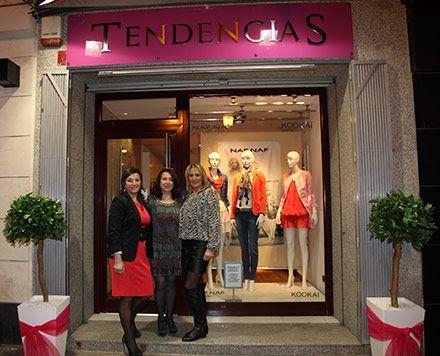 Fachadas de tiendas de ropa buscar con google for Decoracion de boutique