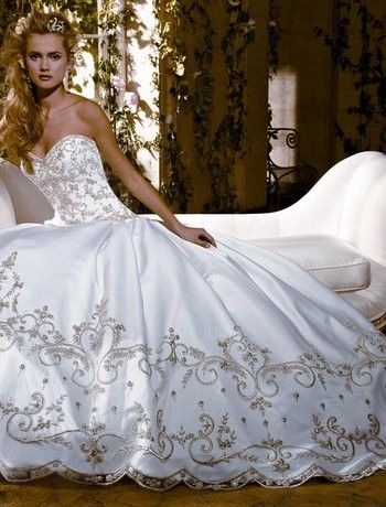 Eve Of Milady Sweetheart Princess Ball Gown Wedding Dress With