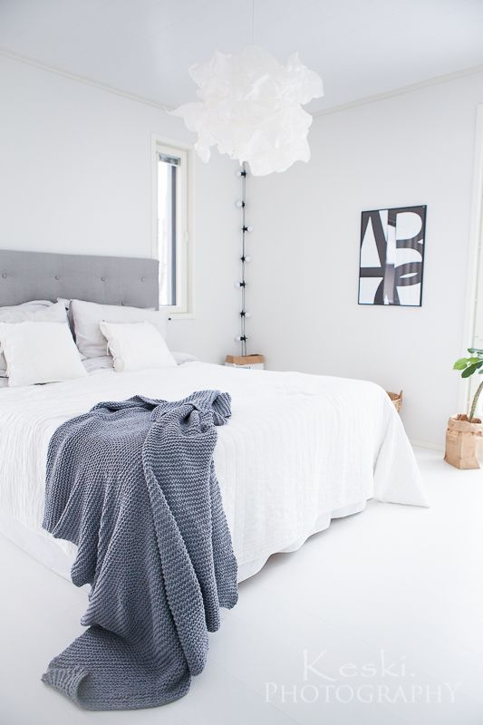 valkoinen makuuhuone