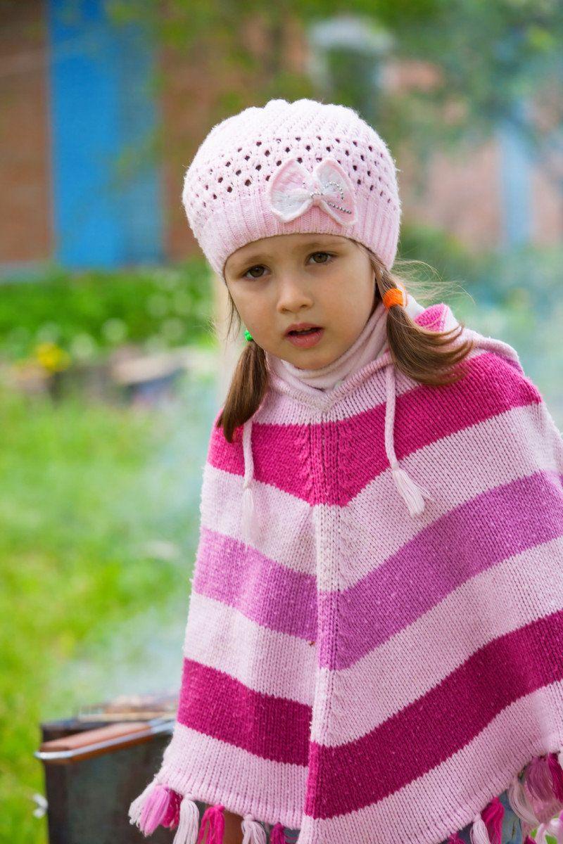 Einen Einfachen Poncho Für Kinder Zu Stricken Ist Nicht Besonders