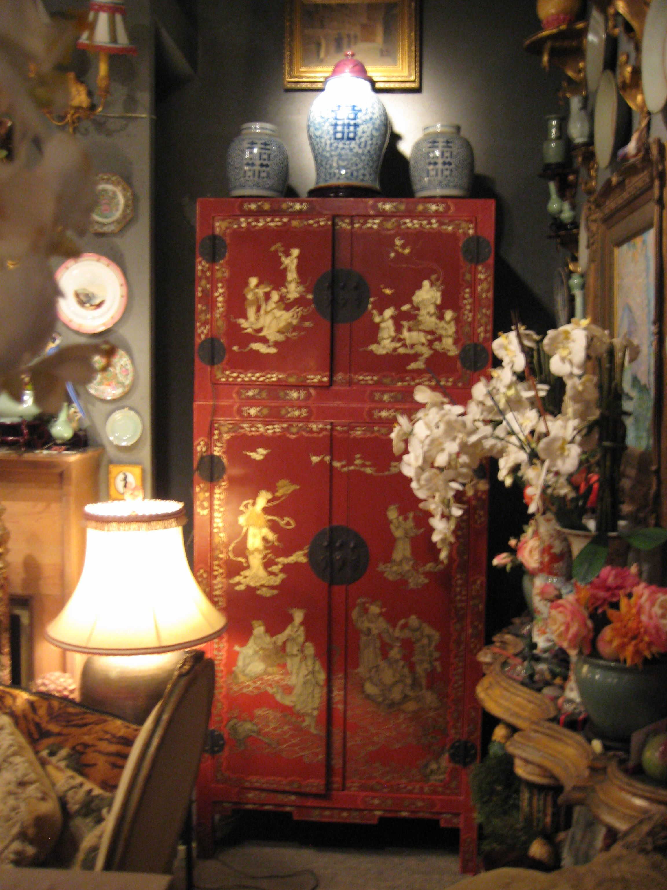 Red Chinese Cabinet   By Cris Figueired♥