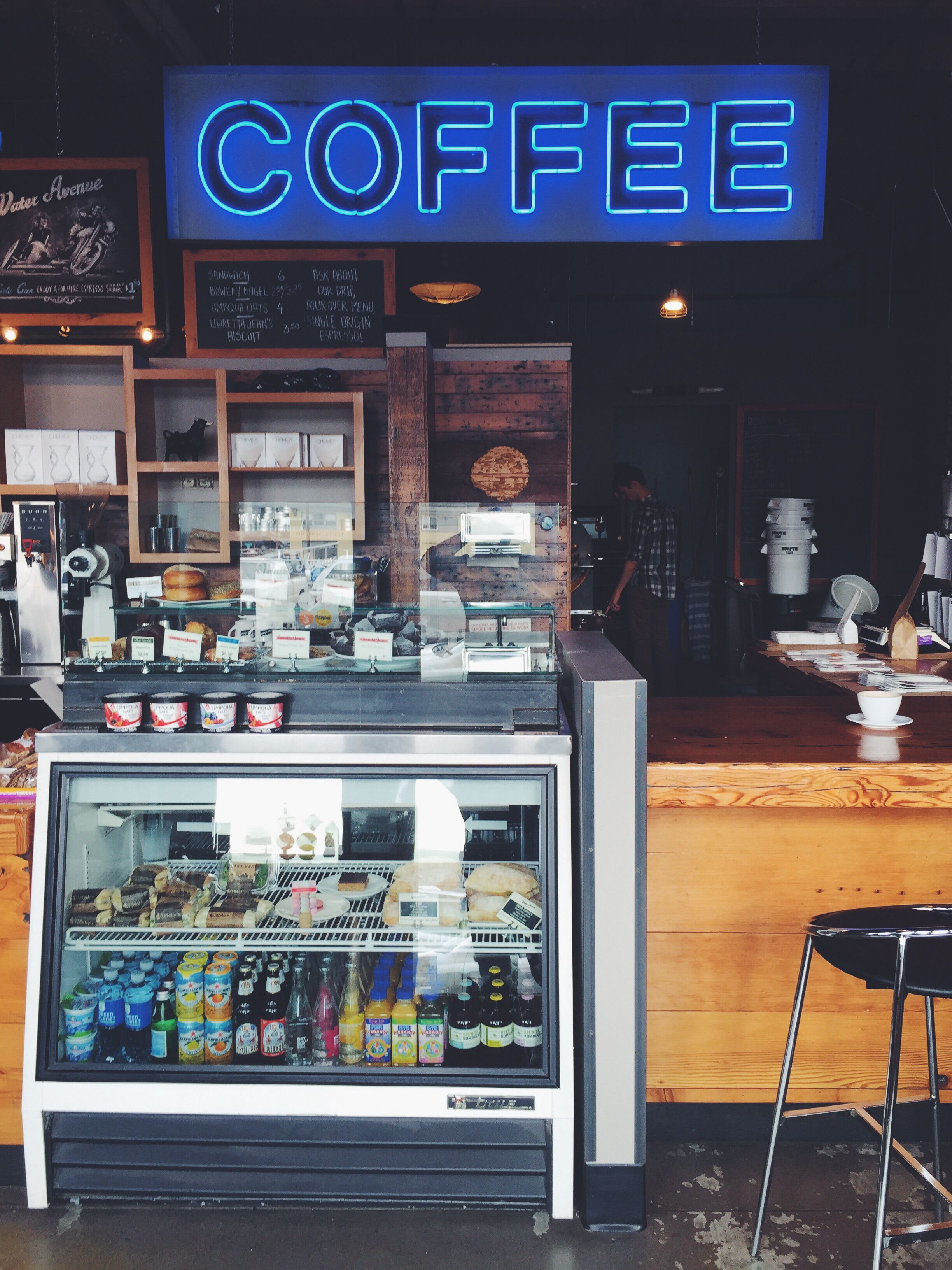Exploring Coffee In Portland Dream A Latte Industrial Interiors Industrial Livingroom Industrial Interior Office