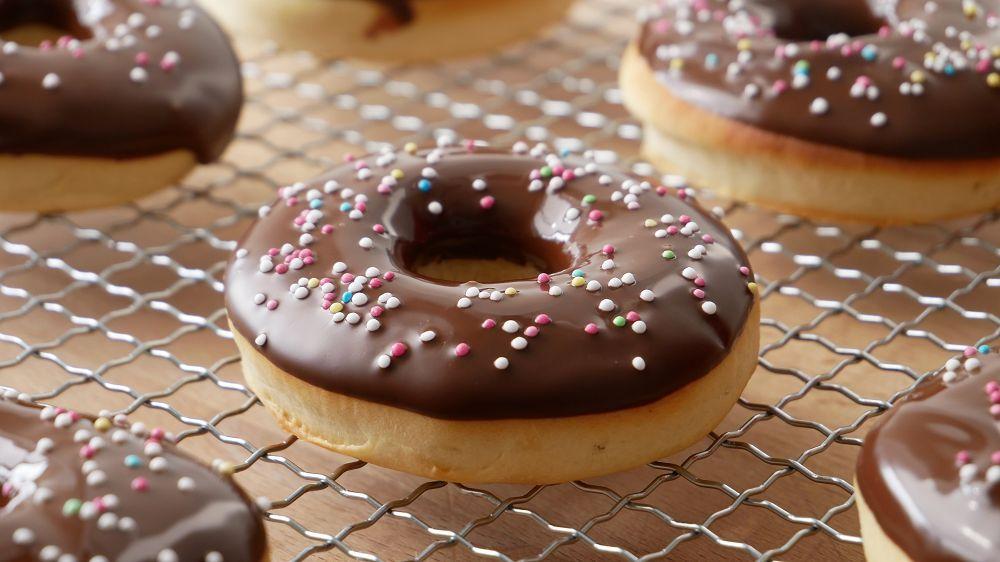 das rezept f r donuts im backofen selber machen andere rezepte inklusive schritt f r schritt. Black Bedroom Furniture Sets. Home Design Ideas