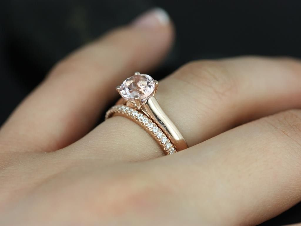 engagement band luxurman wedding men for rings dollar mainye ring or pinky gold carat by diamond in