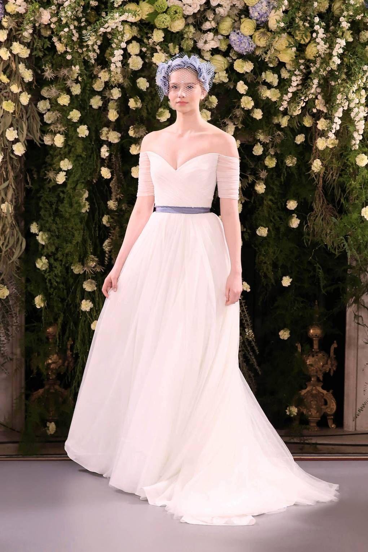 bda8621845  h2 Sweetheart Wedding Dresses  h2  A sweetheart neckline is a perfect
