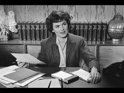 Barbara Hale, Perry Mason Star, Dies at 94