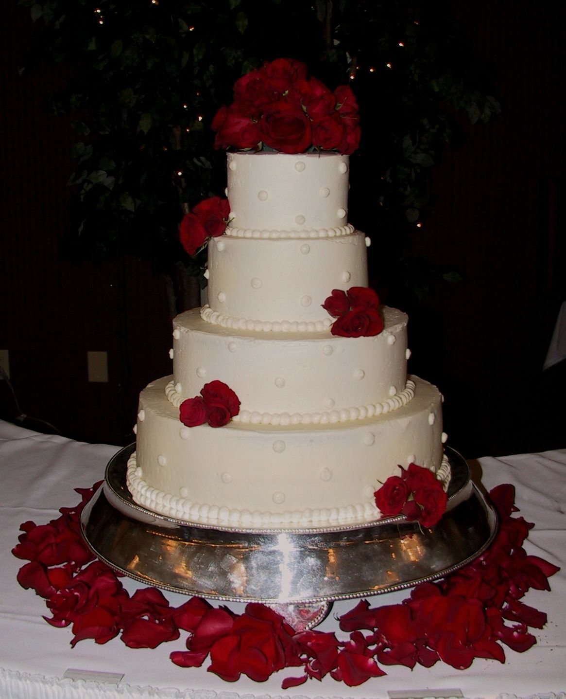 White Wedding Cake with Fresh Red Roses Frankfort KY