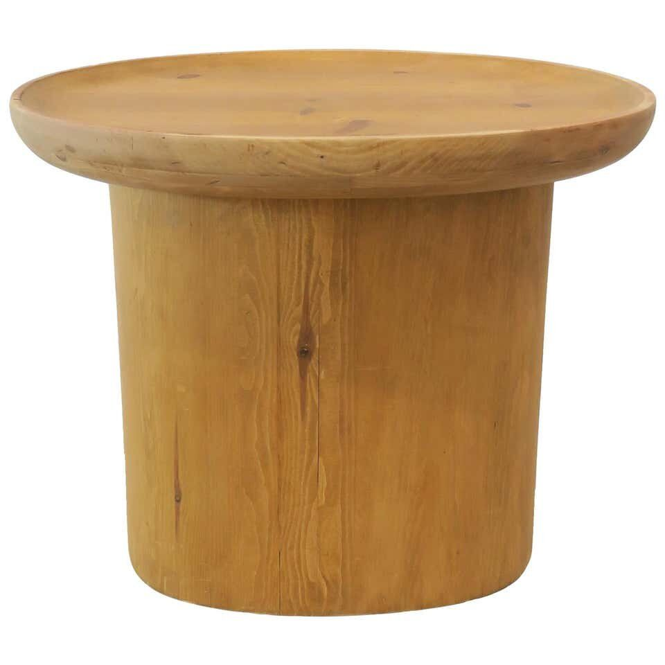 Modern Waxed Pine Oval Side Table By Martin And Brockett Honey Brown Martin Brockett In 2021 Side Table Vintage Side Table Modern Side Table [ 960 x 960 Pixel ]