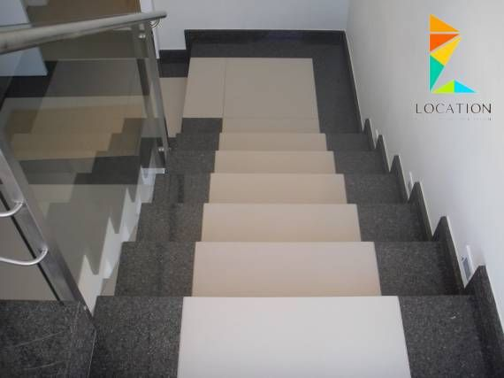 كتالوج صور سلالم داخلية بتصميم مودرن للمنزل العصري Stair Decor Stairs Tiles Design Tiled Staircase