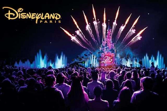 New Year S Eve Disneyland Paris Tour Of Paris Ferry Coach Vakanties