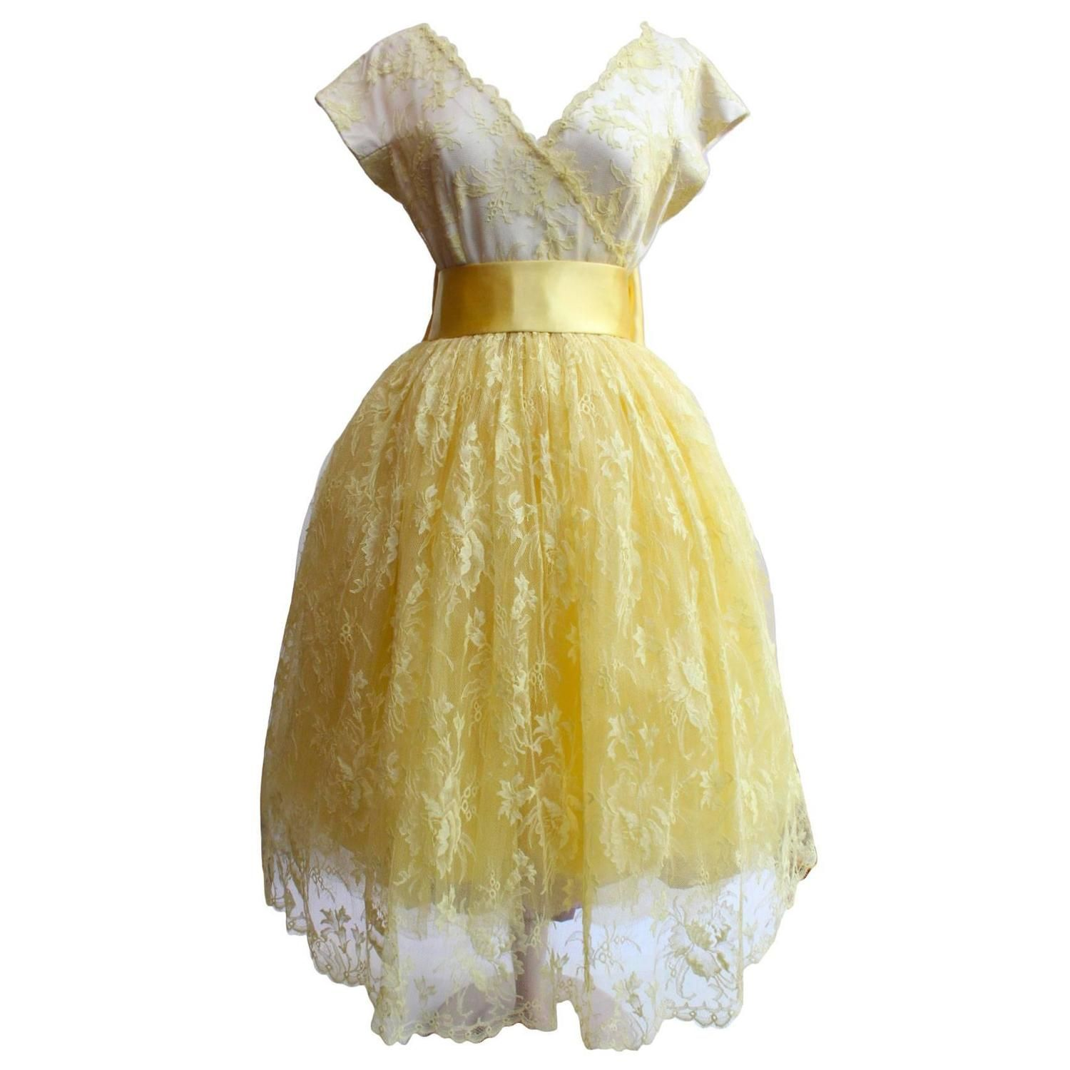 1950s Jeanne Lanvin by Castillo Yellow Lace and Tulle Ball Dress | From a collection of rare vintage evening dresses and gowns at https://www.1stdibs.com/fashion/clothing/evening-dresses/