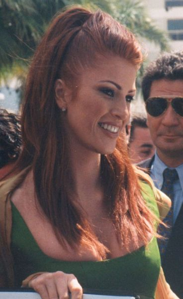 Angie Everhart born 1969 (as Angela Kay Everhart) Hollywood Actress, fashion Model Best known for Last Action Hero (1993), Denial (1998), Trigger Happy (1996), Gunblast Vodka (2000)