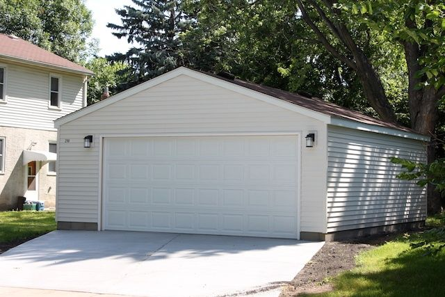 24x24 Detached 2 Car Garage Located On A Corner Lot In South St