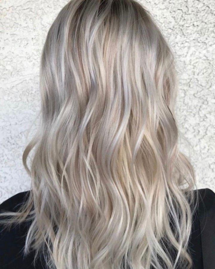 Opalescent Blonde ⠀⠀⠀⠀⠀⠀⠀⠀⠀ •⠀⠀⠀⠀⠀⠀⠀⠀⠀ Artist • @kellshellhair ⠀⠀⠀⠀⠀⠀⠀⠀⠀ Color • @wellahair ⠀⠀⠀⠀⠀⠀⠀⠀⠀ Styling • @unite_hair ⠀⠀⠀⠀⠀⠀⠀⠀⠀ •⠀⠀⠀⠀⠀⠀⠀⠀⠀ #lasvegas #lasvegasbalayage #balayage #handpaintedandbalayaged #blonde #blacktoblonde #seamlesshighlights #ombrehair #olaplex #wellaplex #askforWella #merakihairandbody #lasvegashairstylist #summerlinsalon #colormelt #healthyhair #rootshadow #coolblonde #highlighted @framar