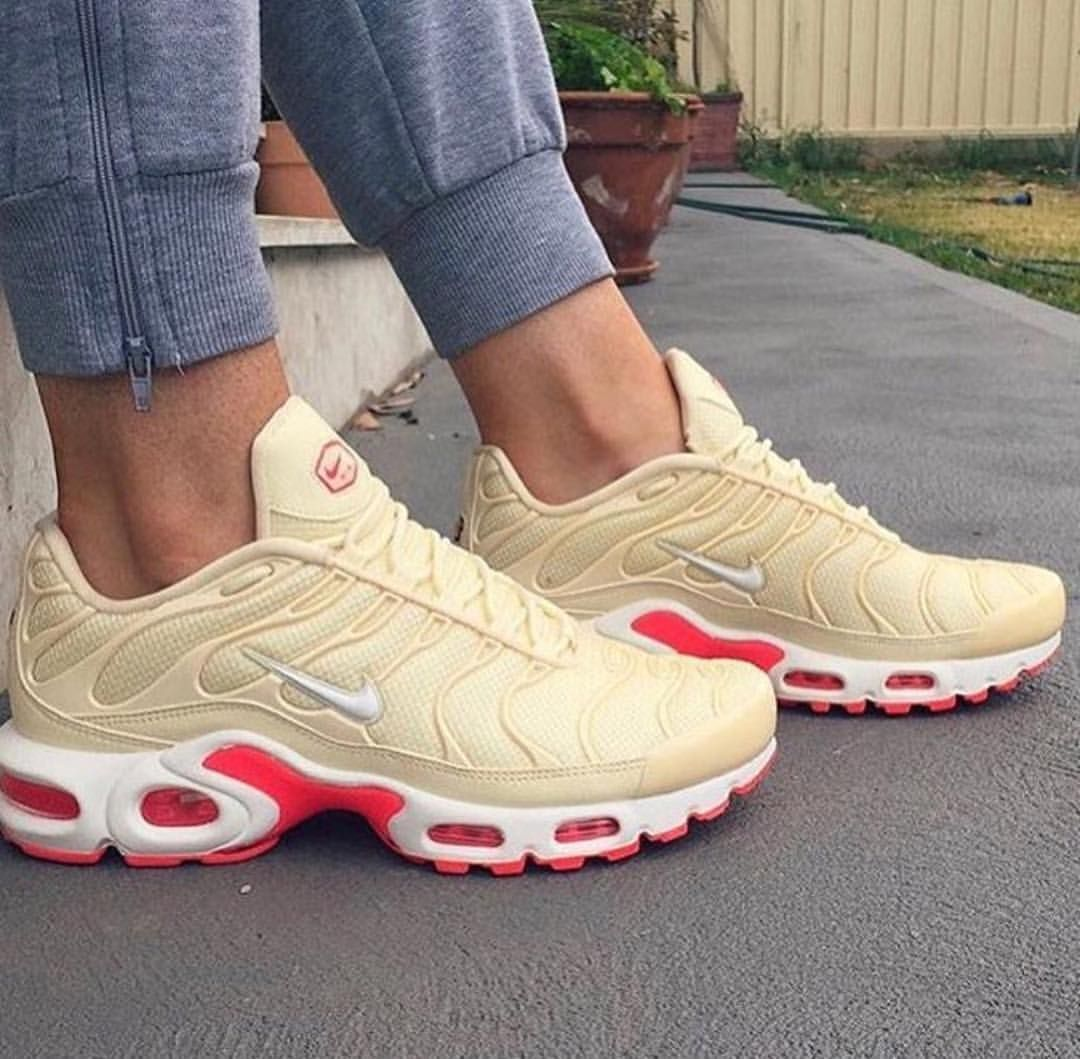 Pin by Haley Cakes on Shoes in 2020   Nike air force, Air