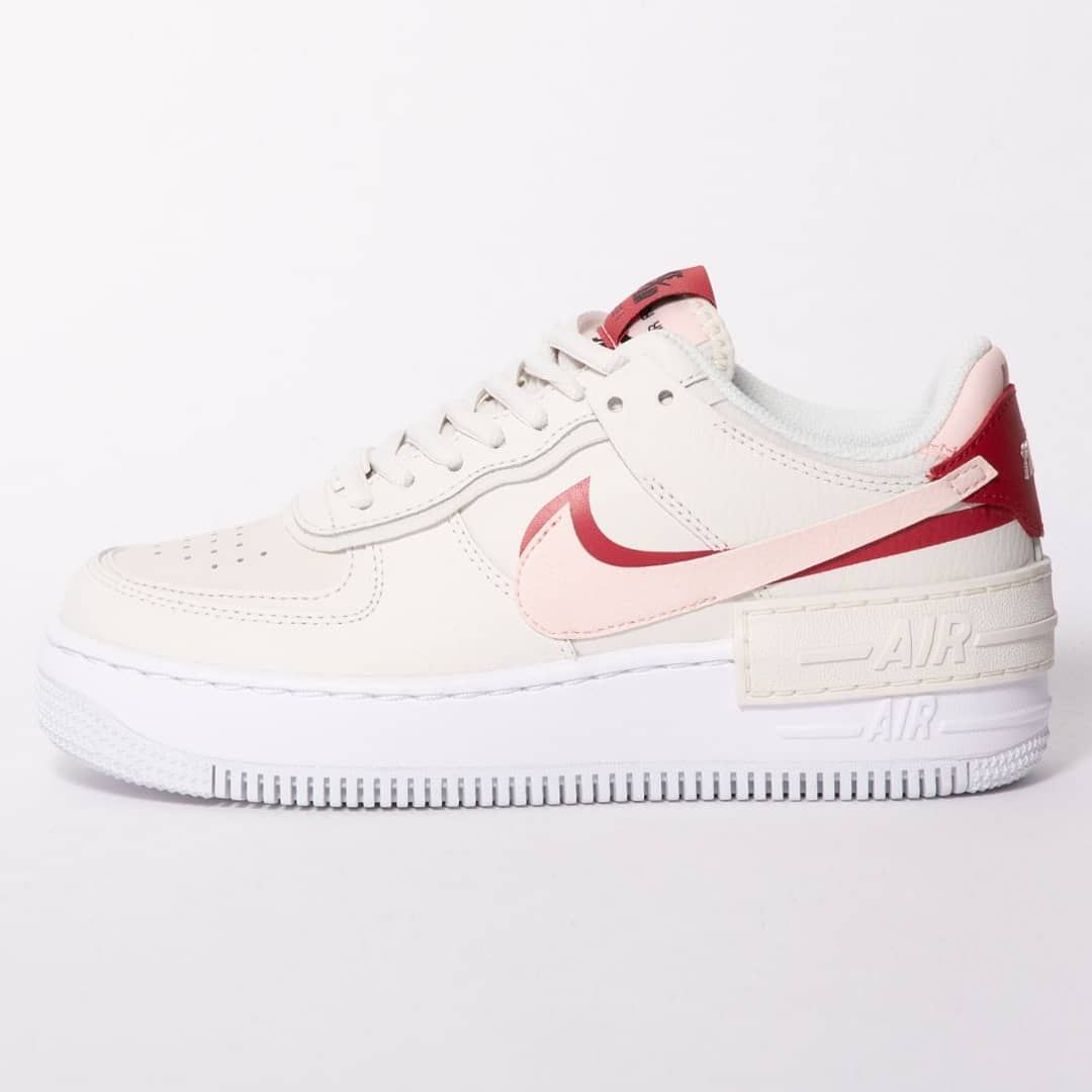 Nike Air Force One Rose Taille 44 A commander sur Zalando