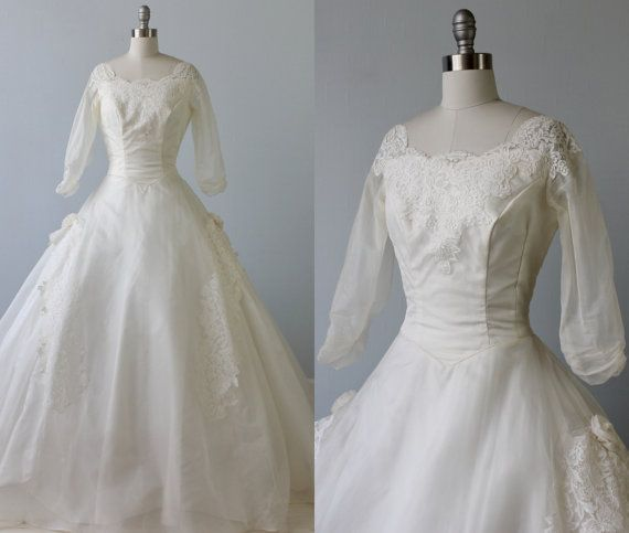 Recycled Wedding Gowns: 1950s Wedding Dress / 1950s Lace Wedding By