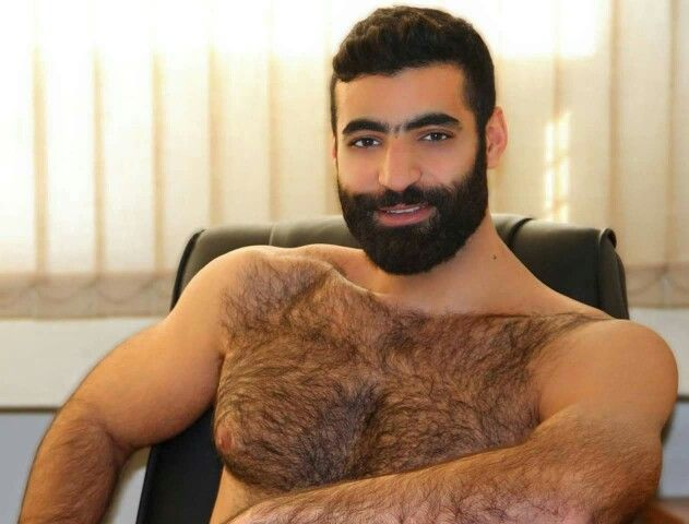 arab chest naked picture