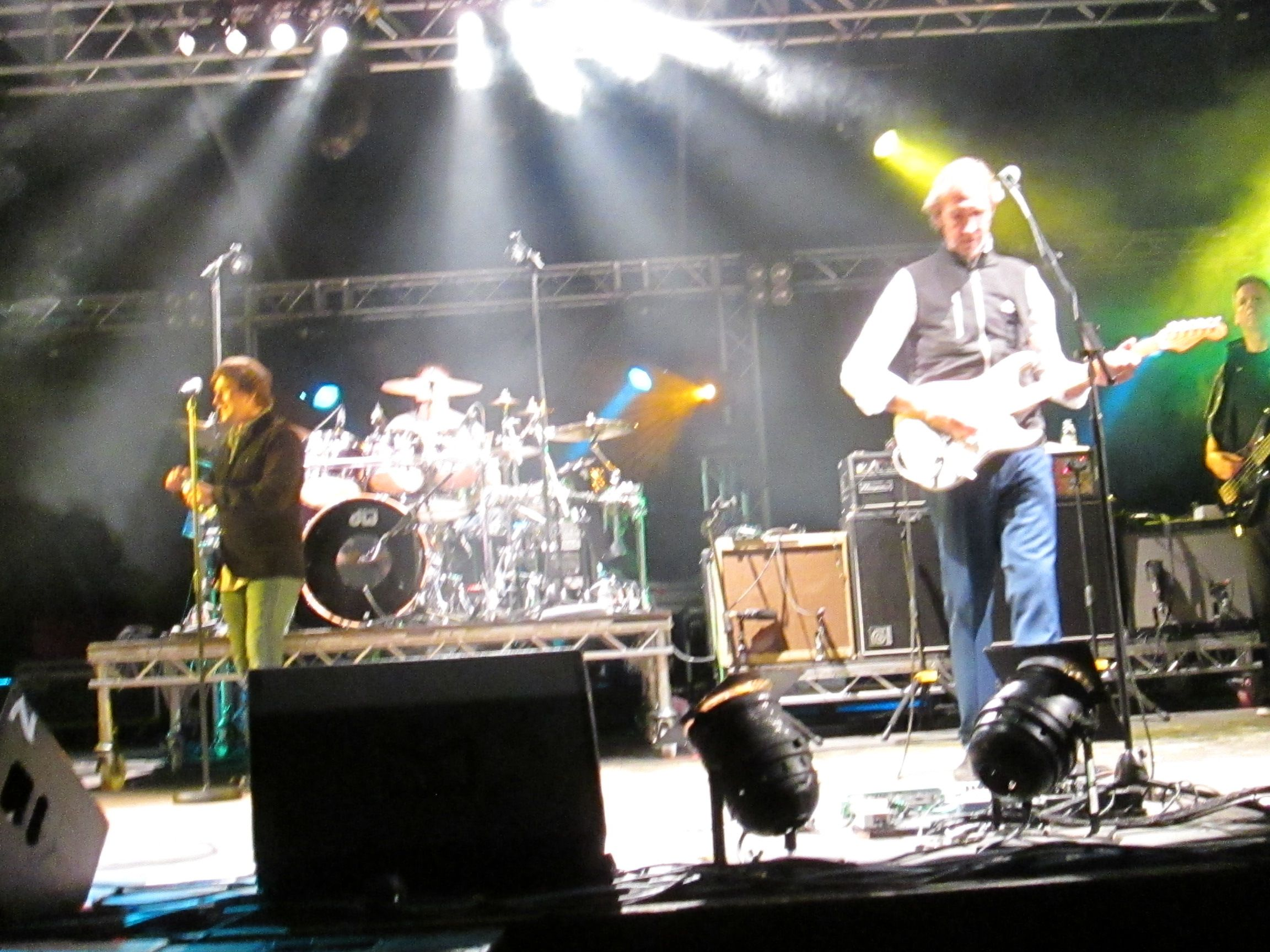 tim howar and mike rutherford  05  09  15
