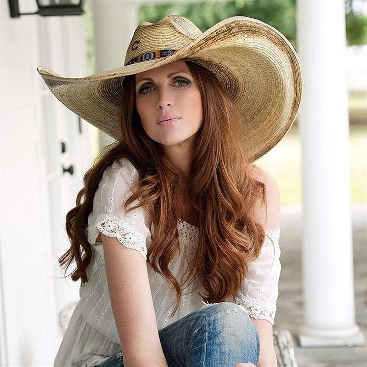 dd436e75811 Charlie 1 Horse Bandito B Natural Genuine Mexican Palm Hat