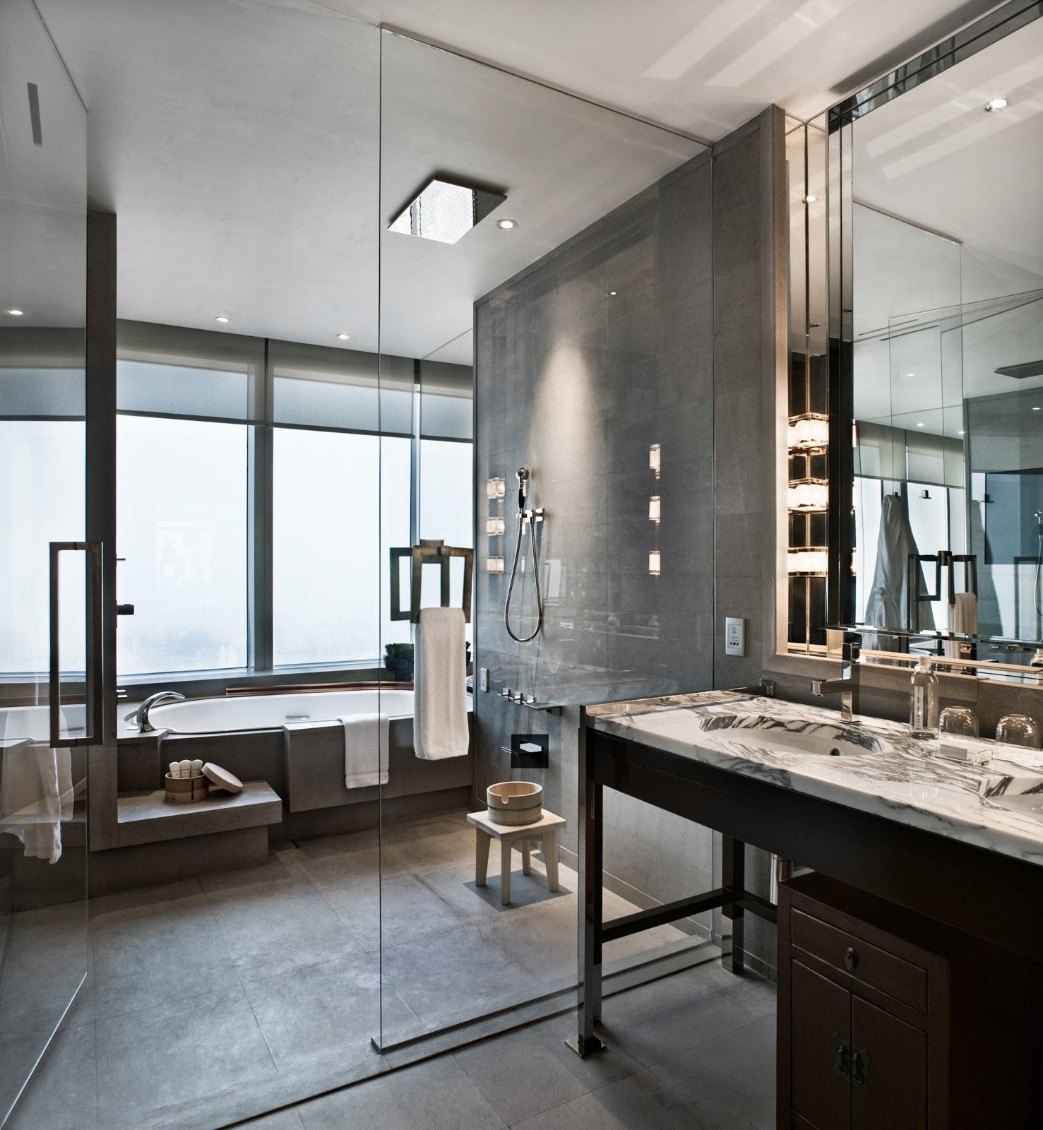 Hotel Bathroom Layout: This Is A Very Cool And Unique Bathroom Layout. Dig The