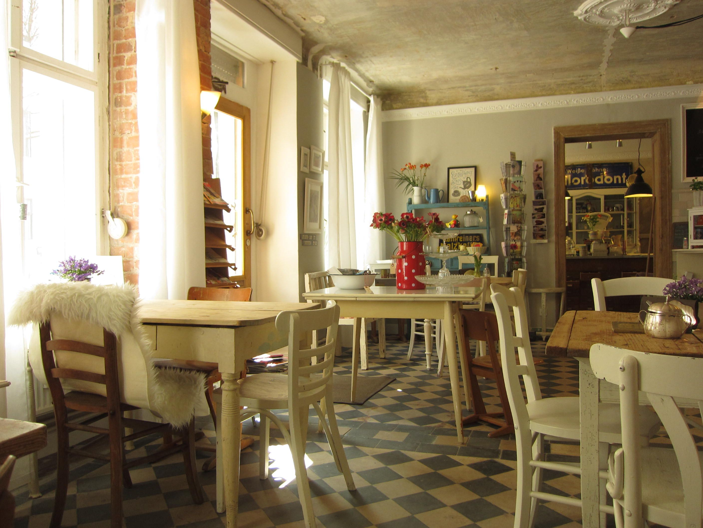 eliza - café & lieblingsstücke in berlin   berlin   pinterest, Gartengerate ideen