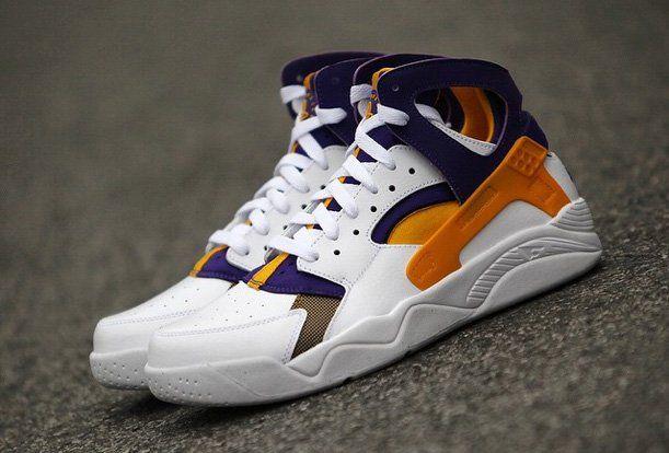 """various colors 32507 bc684 Nike Air Flight Huarache """"Lakers"""" Kobe Bryant PE (Preview )"""